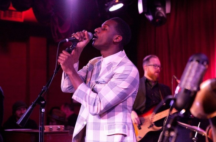 How to Throw a Party: An Evening with John Mayer & Leon Bridges (1)
