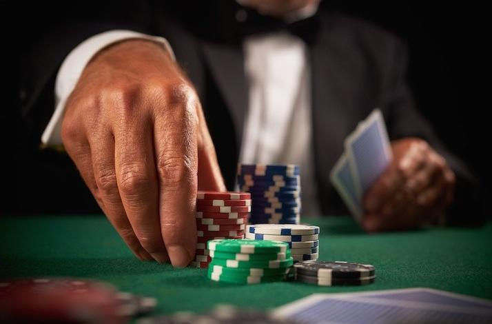 Hire Phil Gordon to Host Your Charity Poker Tournament: In Seattle, Washington (1)