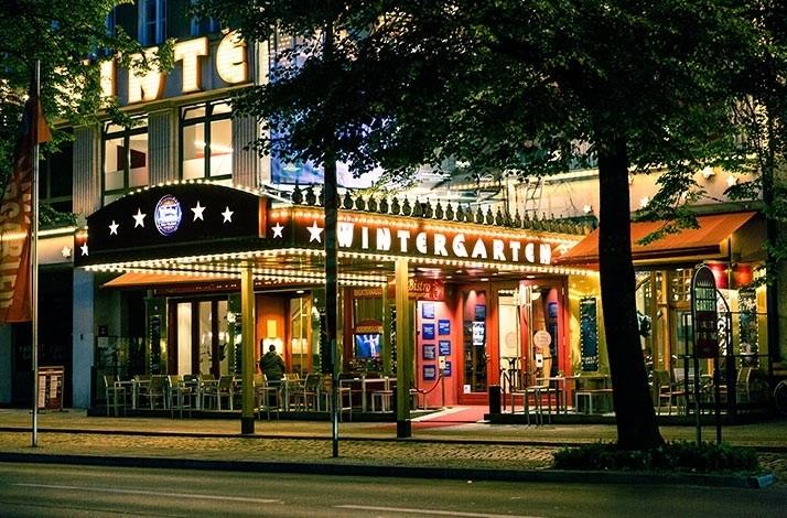 Attend A Variety Show At Berlinu0027s Wintergarten Varieté: Berlin, Germany