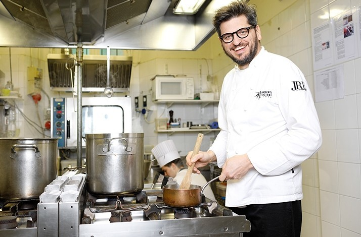 Fly into the kitchen of a Michelin-starred chef by helicopter: In Pavia, Italy (1)