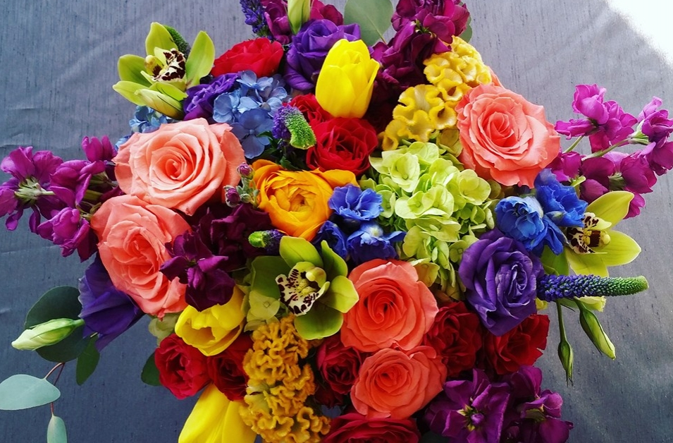 Create a Spectacular Floral Centerpiece: In Chicago, Illinois (1)