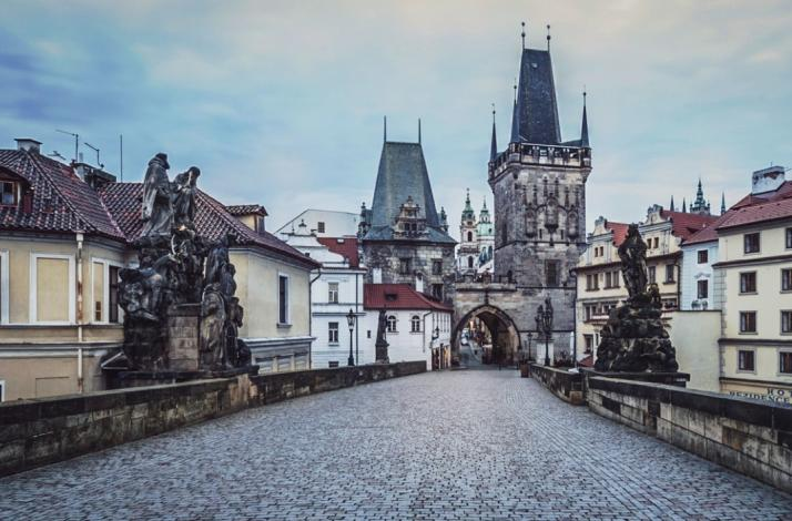 Share a private photo shoot on Prague's Charles Bridge for two: In Prague, Czech Republic (1)