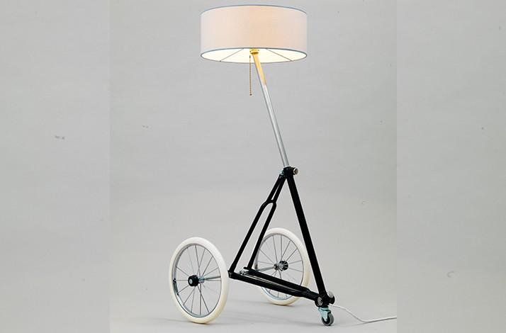 Craft A Designer Lamp From Old Bike Parts At Berlin Re Cycling In