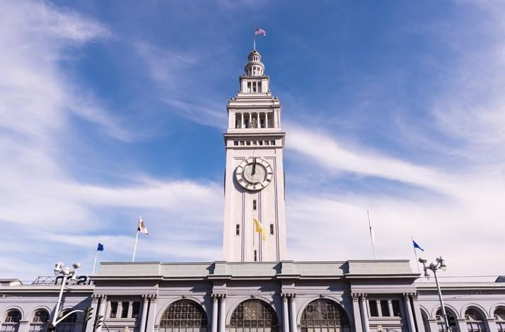 A Moveable Feast of Oysters, Champagne, and Local Delicacies at the Ferry Building with a Culinary Insider: In San Francisco, California