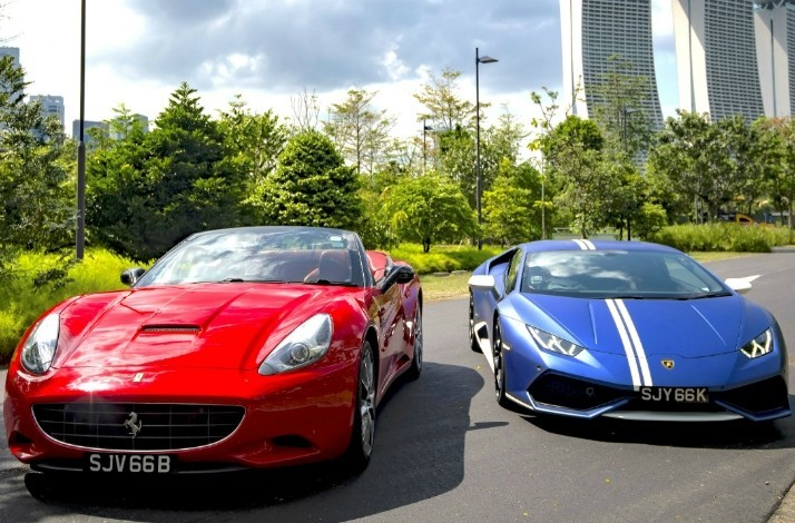 Hit the road in a supercar along the official F1 circuit: In Singapore, Singapore (1)