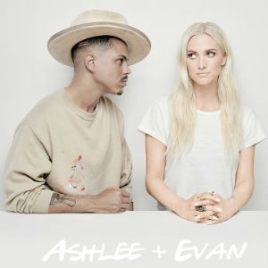 Responsive image Ashlee Simpson and Evan Ross