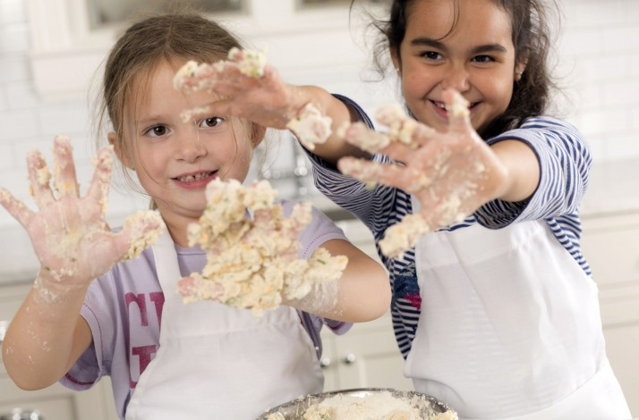 Treat your child to a pastry-making class at Oui Chef: In Chicago, Illinois (1)