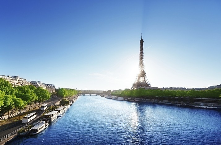 Save 10% on a Paris bus tour and tickets to the Eiffel Tower: In Paris, France (1)