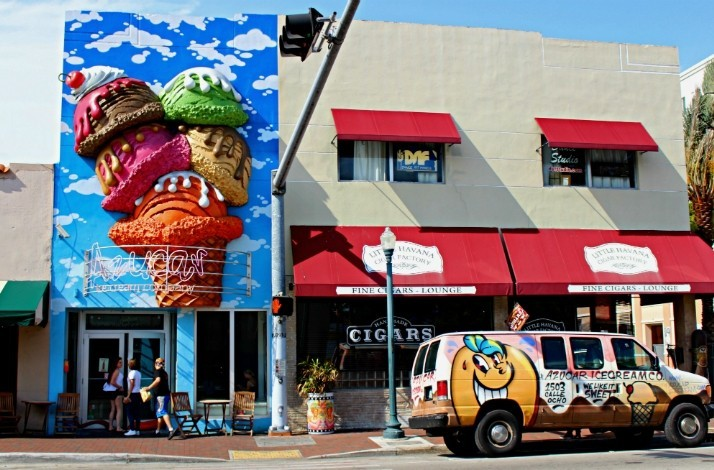 Take a nighttime tour of Miami's Little Havana: In Miami, Florida (1)