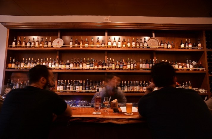 Taste five rare aged Scotch whiskeys at the Elysian Whisky Bar: In Fitzroy, Australia (1)