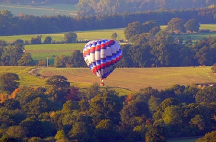 Champagne from 1000' in the Air | Private Hot Air Balloon Ride for 2: In Franklin, New Jersey (1)