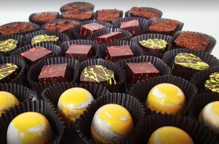 Make chocolate treats on a tour of Exquisito Chocolates: In Miami, Florida (1)
