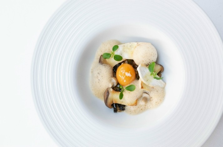 Tour the kitchen of il Fumo and sip sparkling wine while you dine: In Bangkok, Thailand (1)