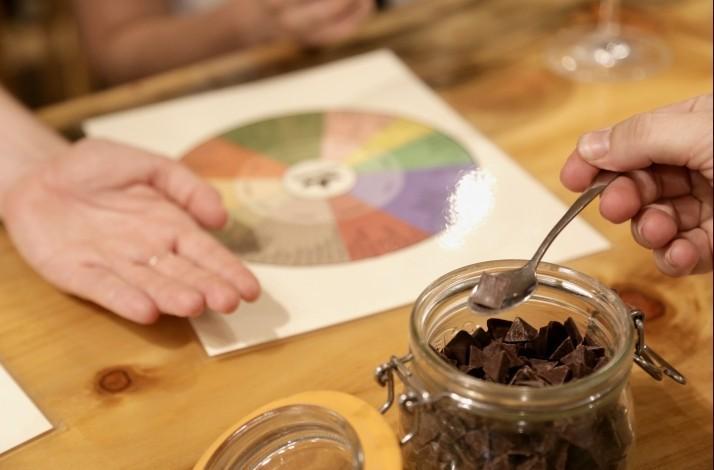 Indulge in bean-to-bar Hawaiian chocolate and fine wine pairings: In Kailua, Hawaii (1)