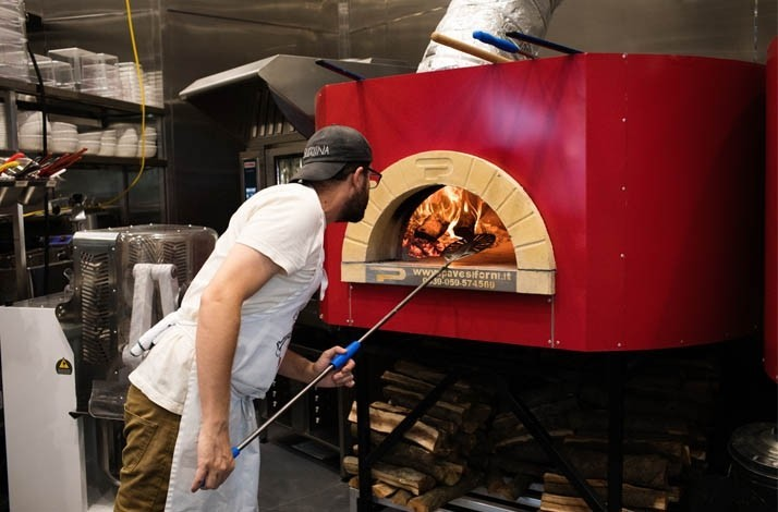 Learn how to make Roberta's famous wood-fired pizza: In Culver City, California (1)