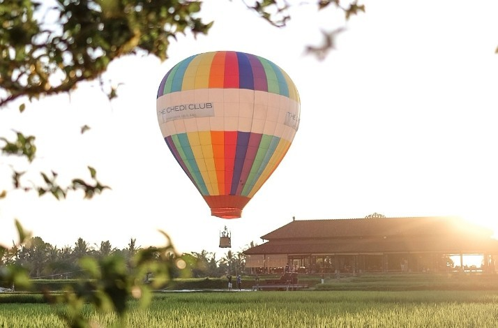 Ride in a hot air balloon during your stay at Tanah Gajah Ubud: In Bali, Indonesia (1)