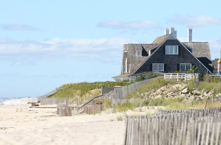 Hamptons Beach Picnic for Two with Private Helicopter : In New York, New York (1)