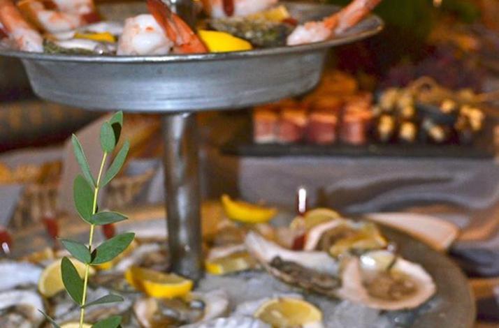 Elegant Hors D'oeuvre Cocktail Evening: In Boston, Massachusetts (1)
