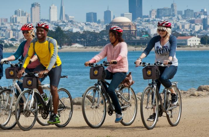 Golden Gate Bridge to Sausalito Guided Bike Tour: In San Francisco, California