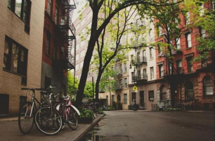 Greenwich Village Ghost Walking Tour: In New York, New York (1)
