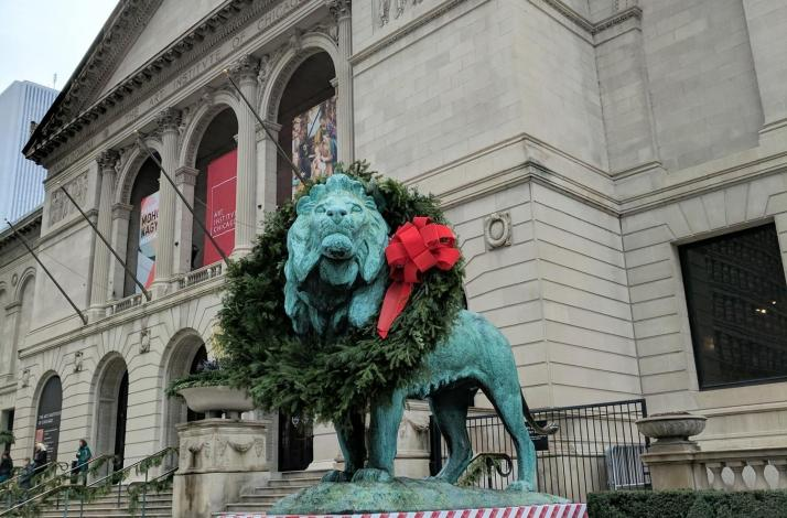 holiday tour of the art institute of chicago in chicago illinois