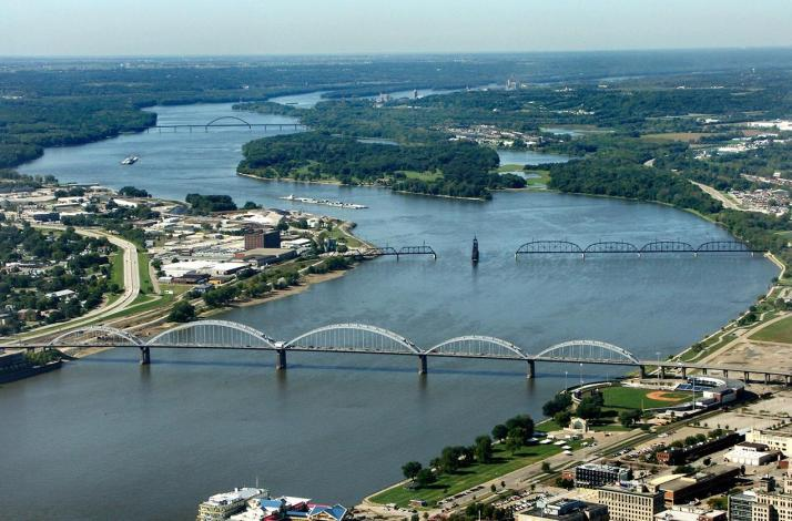 Journey Down the Mississippi River for a Day with an Expert