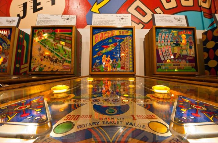 Date Night Dinner and Unlimited Pinball: In Alameda, California