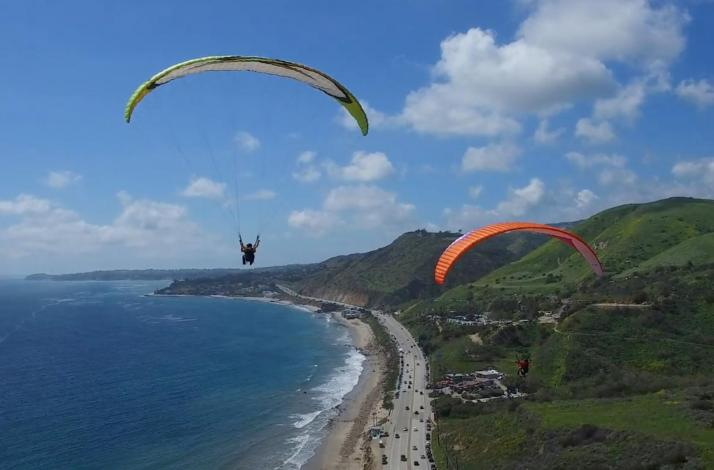 Exclusive Paragliding Tandem Flight Experience : In Malibu