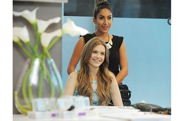 Apprentice with a Celebrity Hair Stylist for a Half Day: In West Hollywood, California (1)
