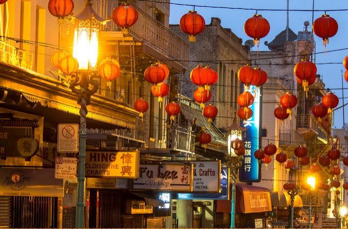 Chinatown Haunted Ghost Tour with Late Night Snack - an Insiders Tour for a Chilling Experience: In San Francisco