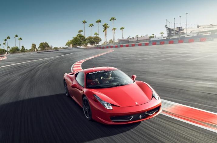 Exotic Cars Drive A Ferrari 458 Italia And Lamborghini Huracan In
