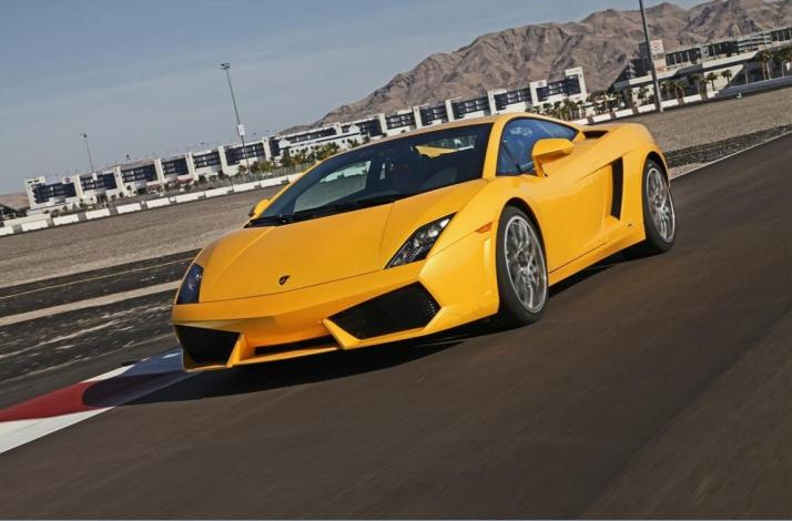 Driving Experience In A Ferrari Or Lamborghini In Las Vegas Nevada