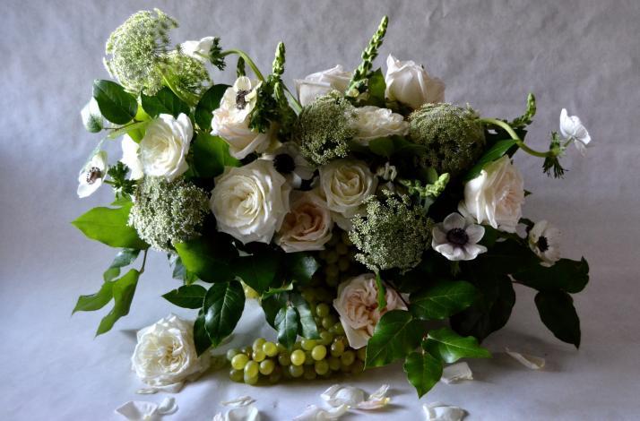 Floral Design Workshop with Roses Et Pivoines: Romantic Compositions: In Miami, Florida