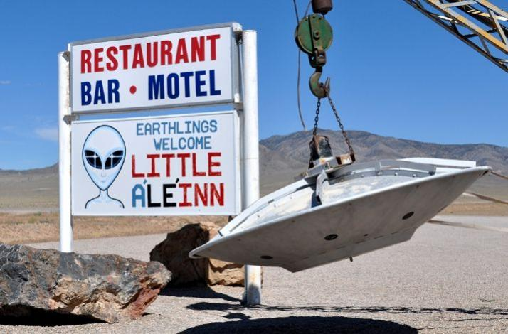 Area 51 Tour: A Base the United States Government Denies Exists and UFOs Have Been Spotted: In Las Vegas, Nevada (1)