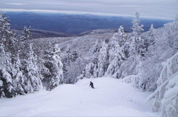 Gore Mountain Ski Or Snowboard Trip With Nyc Snow Bus Bus Lift Ticket And Equipment Rental In New York New York