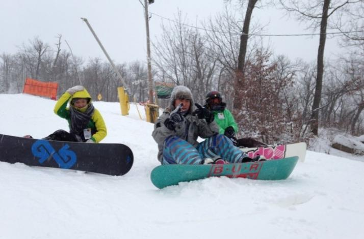 Mountain Creek Ski Or Snowboard Trip With Nyc Snow Bus Bus And Lift Ticket Only In New York New York