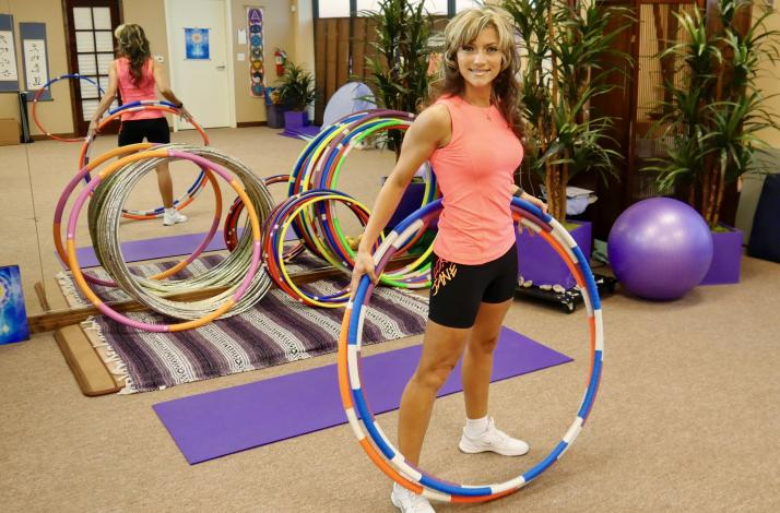 Hula Hoop Workshop and Fitness Training by an Experienced Cirque Hooping Professional: In Las Vegas, Nevada (1)