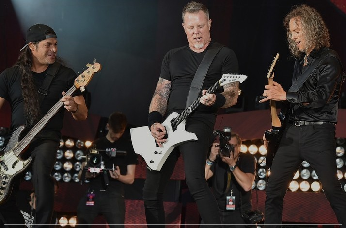 Ultimate Metallica Experience: Meet the Metal Legends for a Photo + Concert Tickets, Flights & Hotel: In Louisville, Kentucky